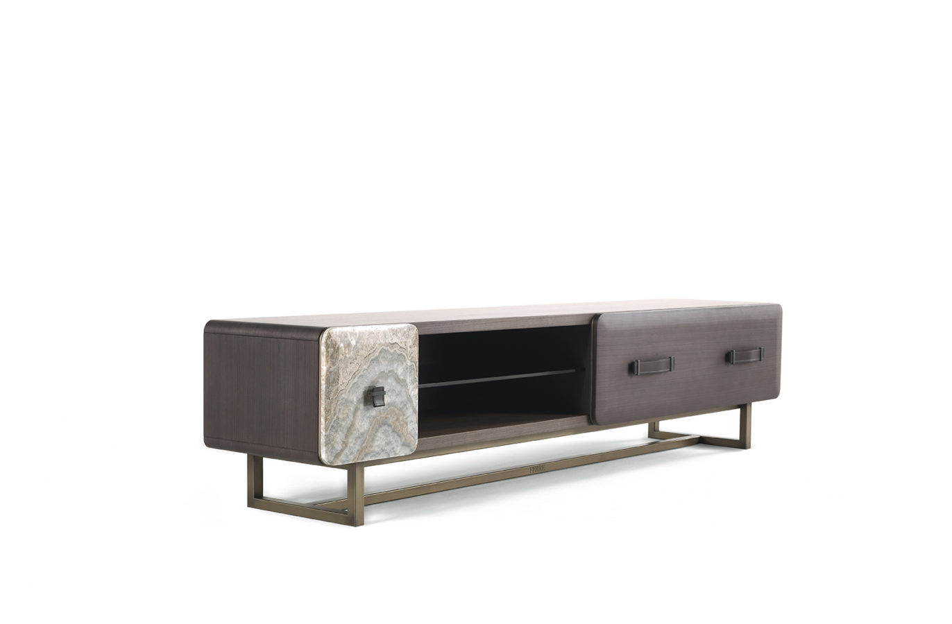 FIVE-POINTS  MEDIA CONSOLE